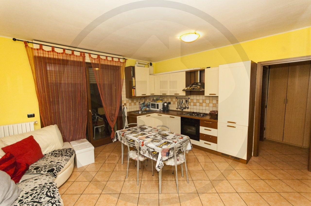 Appartamento in vendita a Zeccone, 3 locali, prezzo € 115.000 | CambioCasa.it