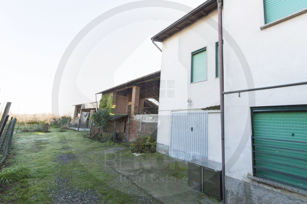 Rustico / Casale in vendita a Inverno e Monteleone, 4 locali, prezzo € 180.000 | PortaleAgenzieImmobiliari.it