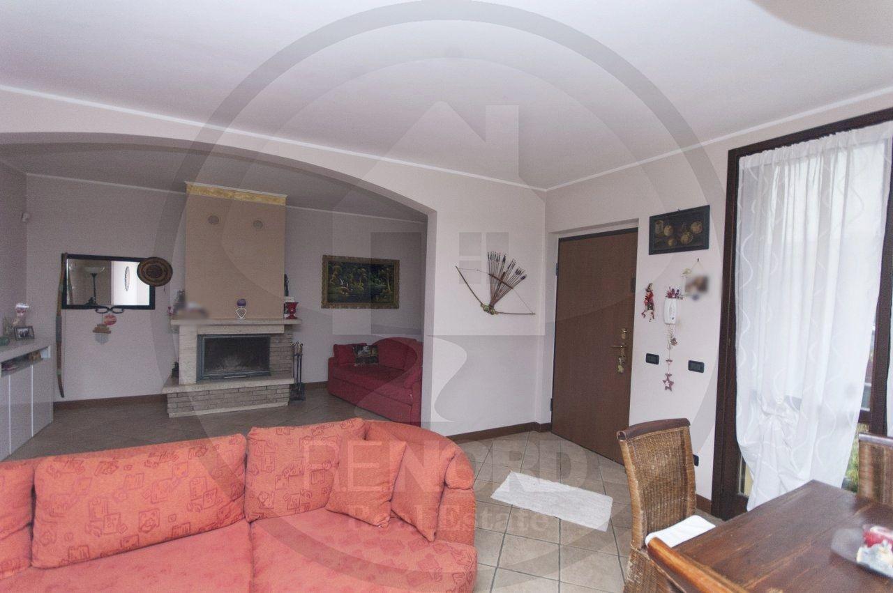Villa a Schiera in vendita a Gerenzago, 4 locali, prezzo € 155.000   CambioCasa.it