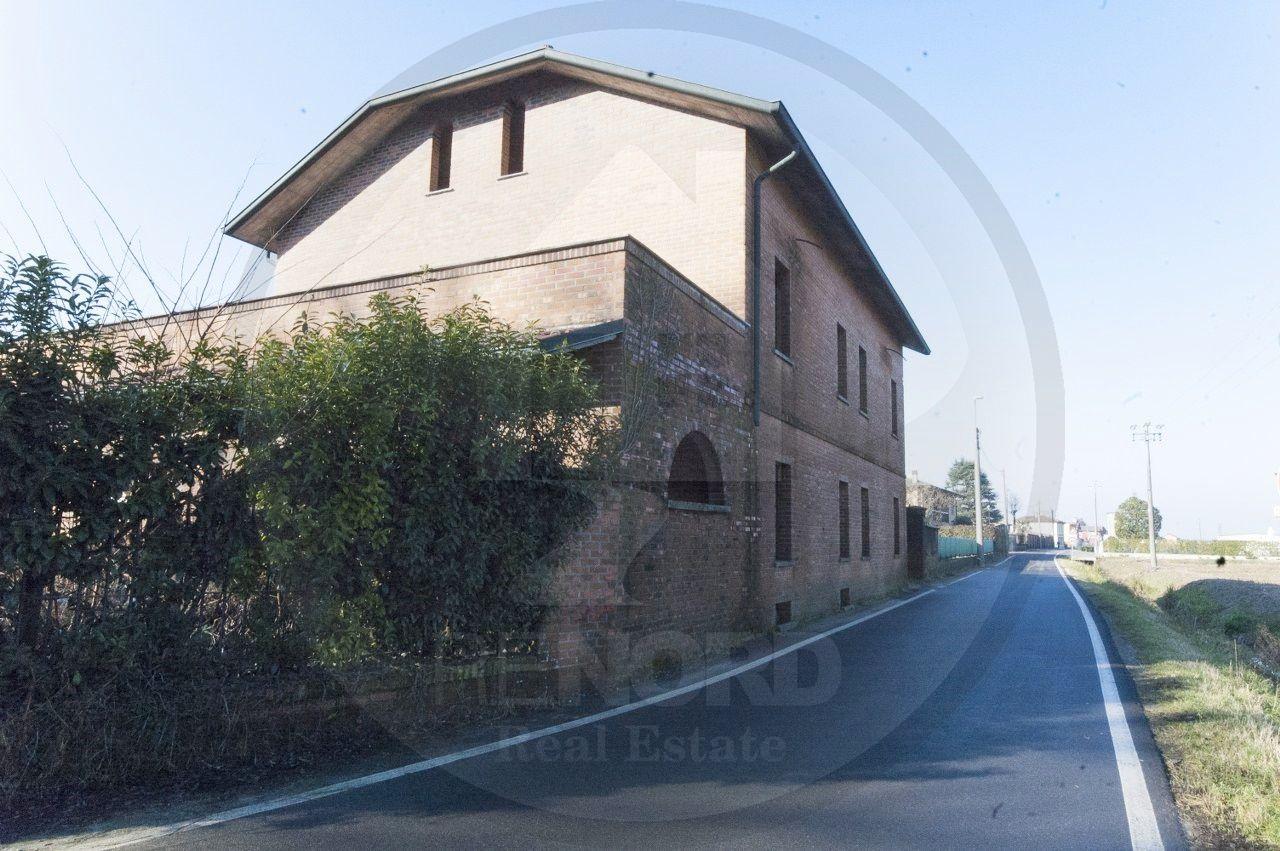 Albergo in vendita a Borghetto Lodigiano, 9999 locali, prezzo € 260.000 | CambioCasa.it