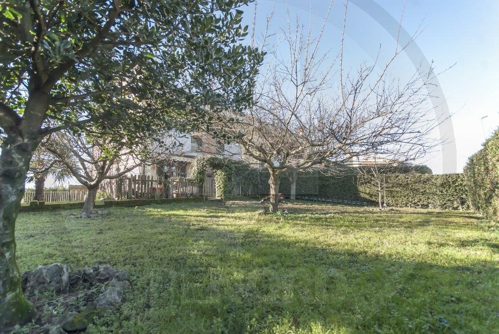 Appartamento in vendita a Bornasco, 3 locali, prezzo € 170.000 | CambioCasa.it
