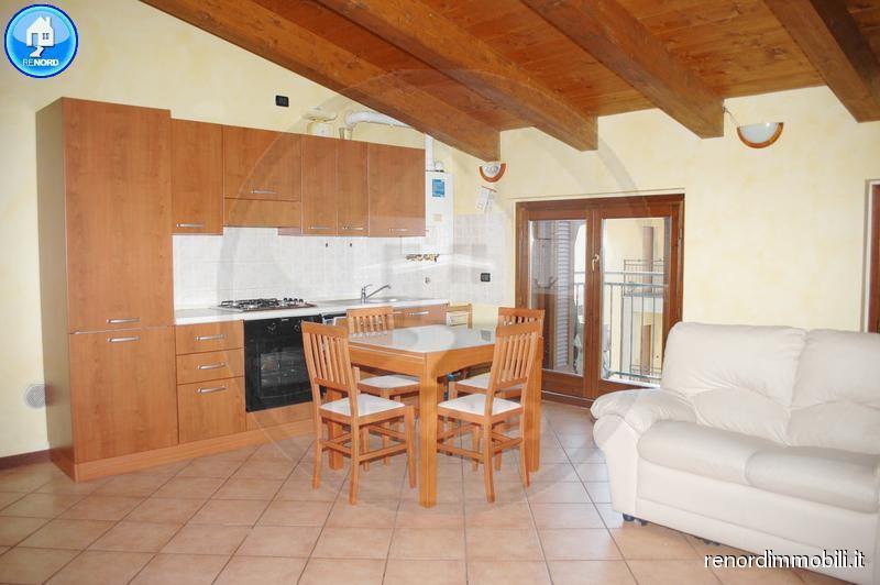 Appartamento in vendita a Copiano, 3 locali, prezzo € 79.000 | CambioCasa.it
