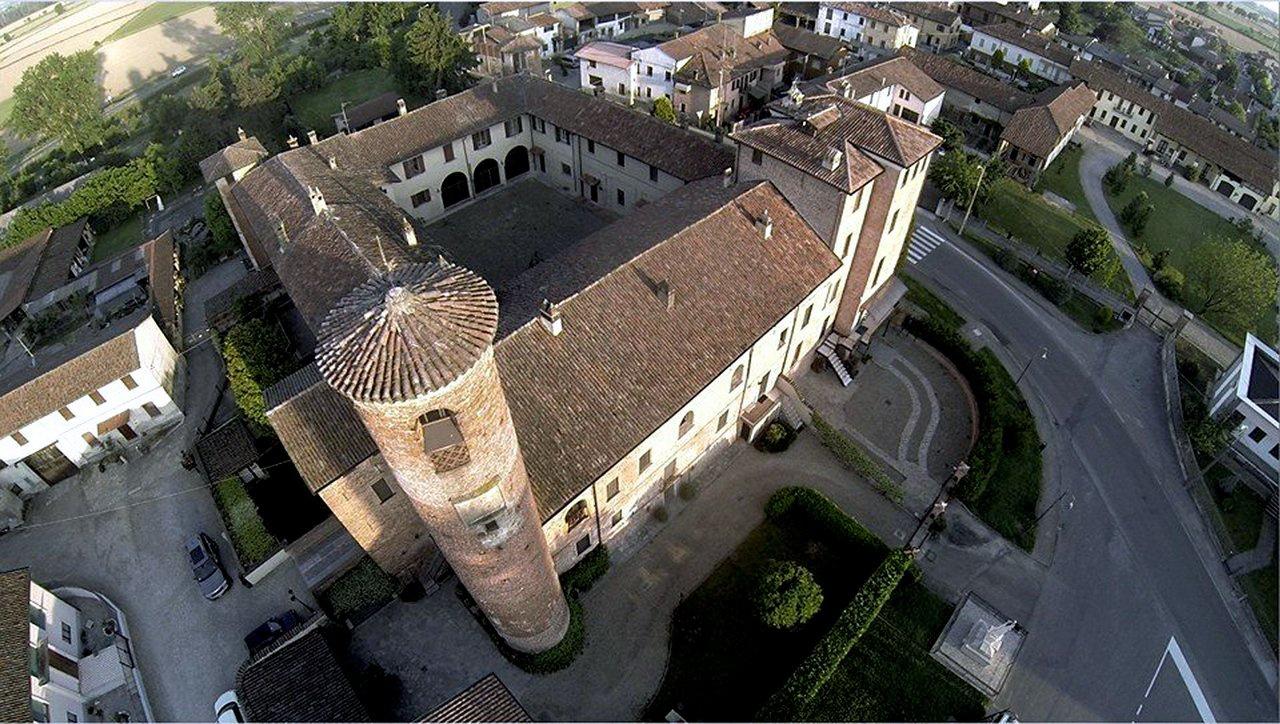 Villa in vendita a Inverno e Monteleone, 4 locali, prezzo € 198.000 | PortaleAgenzieImmobiliari.it
