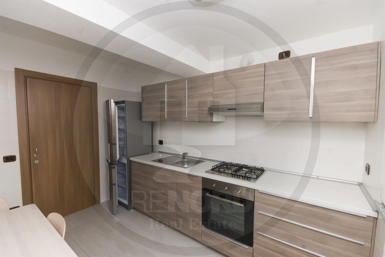 Appartamento in affitto a Pavia, 2 locali, prezzo € 700 | CambioCasa.it