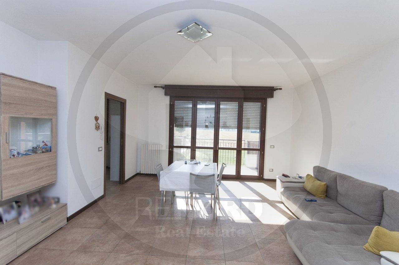 Appartamento in affitto a Gerenzago, 3 locali, prezzo € 550 | CambioCasa.it