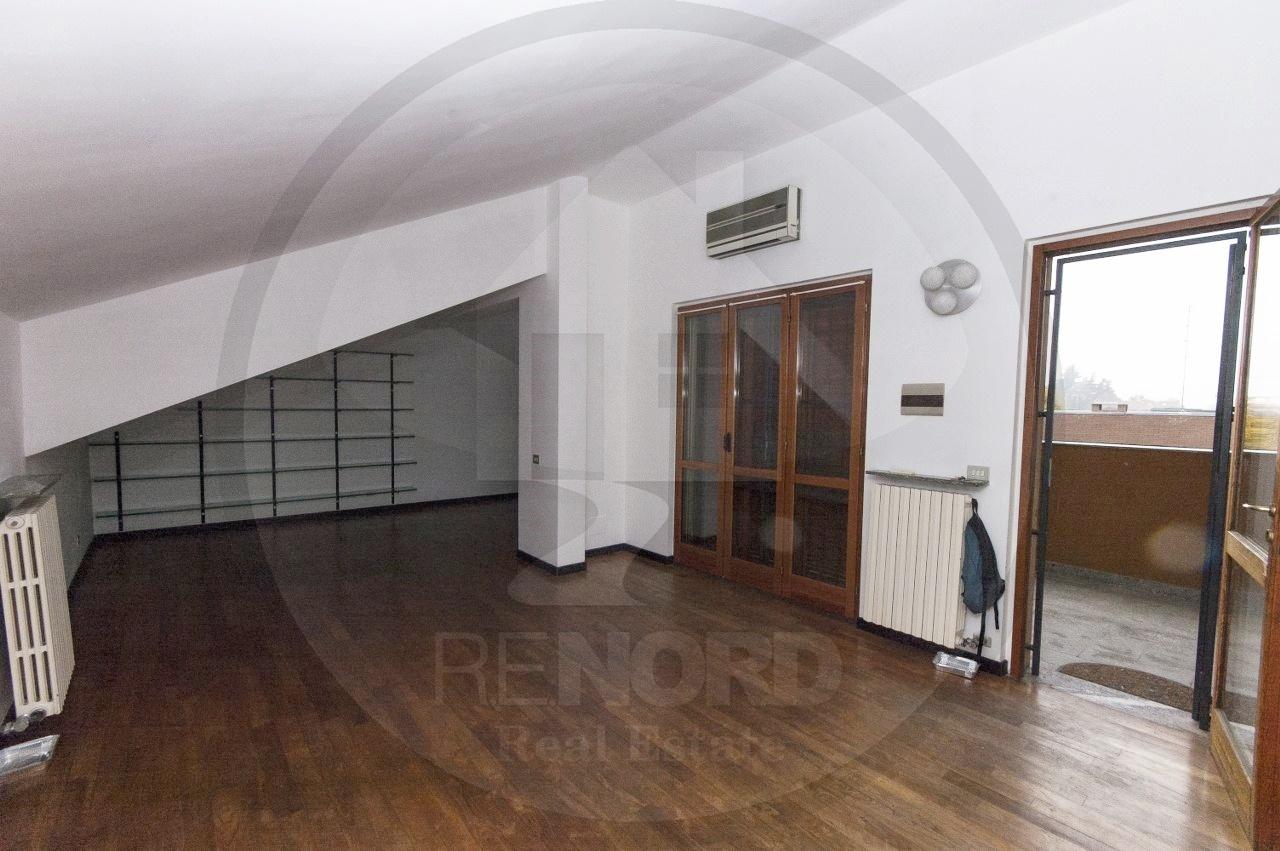 Attico / Mansarda in vendita a Villanterio, 3 locali, prezzo € 98.000   PortaleAgenzieImmobiliari.it