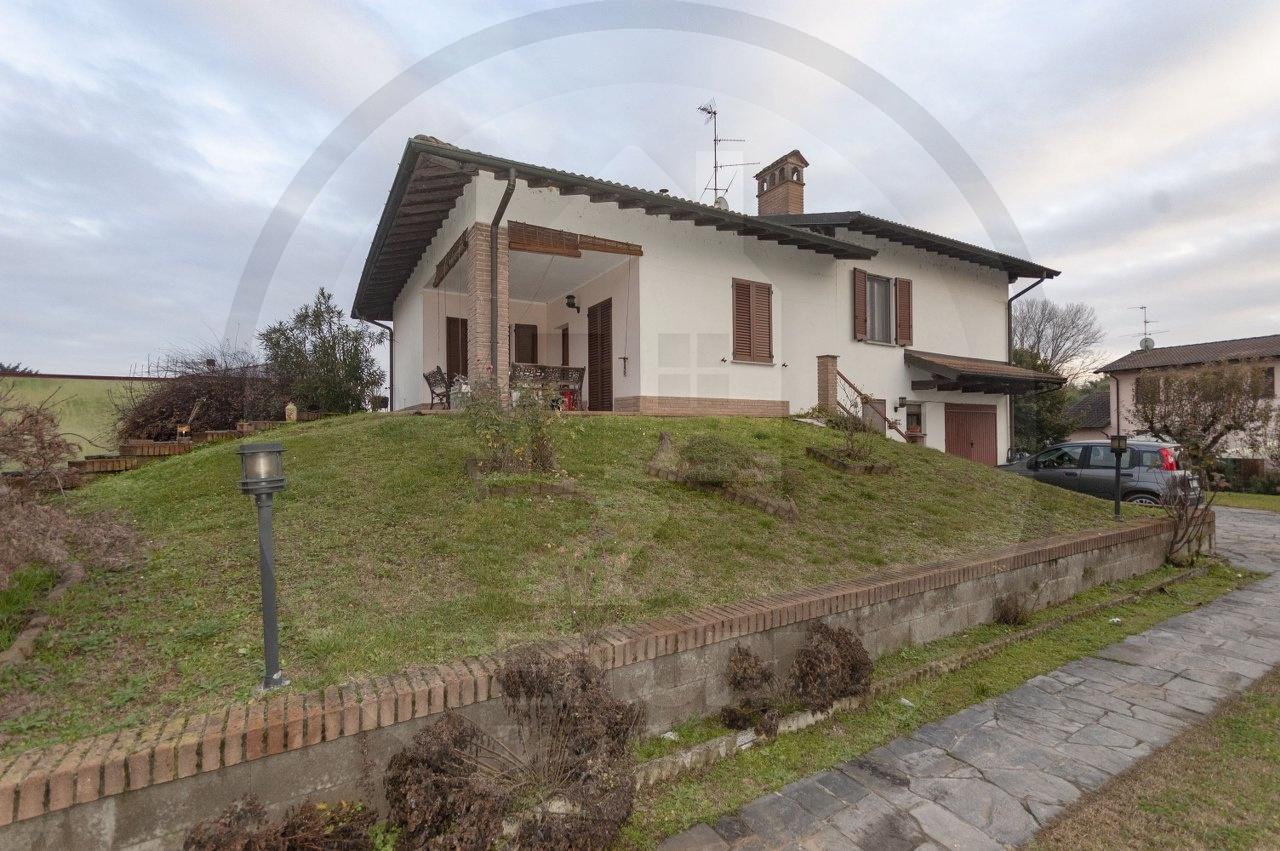 Villa in vendita a Marzano, 4 locali, prezzo € 240.000 | CambioCasa.it