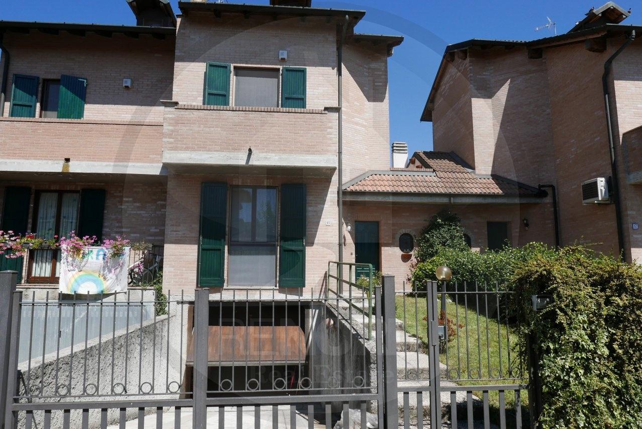Villa a Schiera in vendita a Torrevecchia Pia, 5 locali, prezzo € 210.000   PortaleAgenzieImmobiliari.it