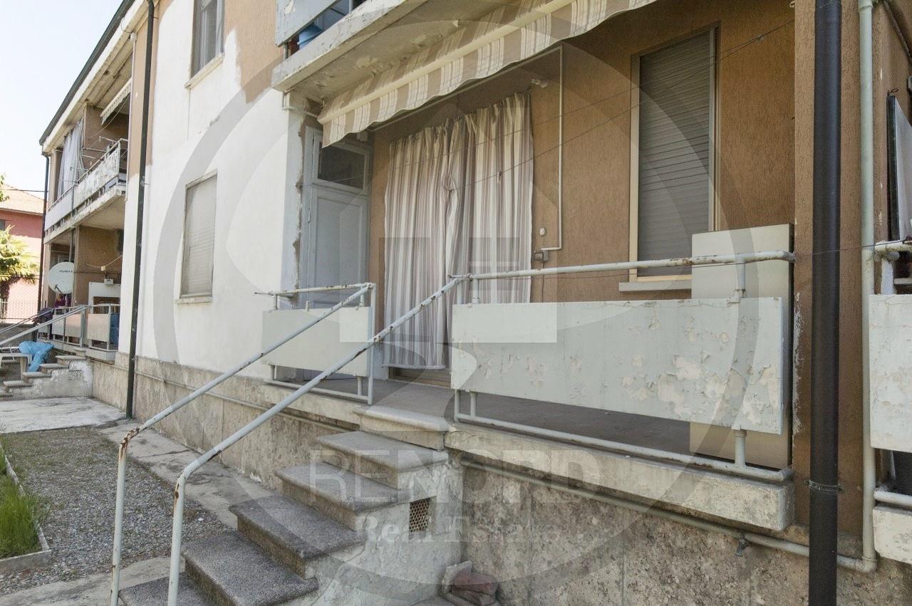 Appartamento in vendita a Villanterio, 3 locali, prezzo € 50.000 | CambioCasa.it
