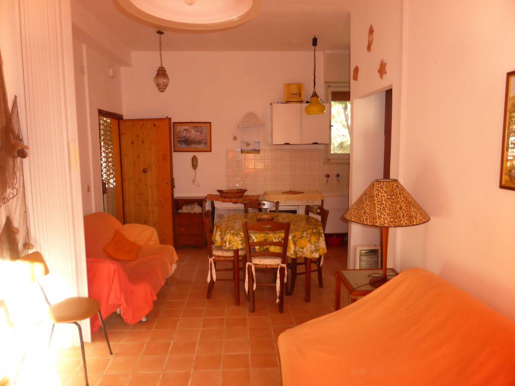 Bilocale Follonica Via Pantelleria 3