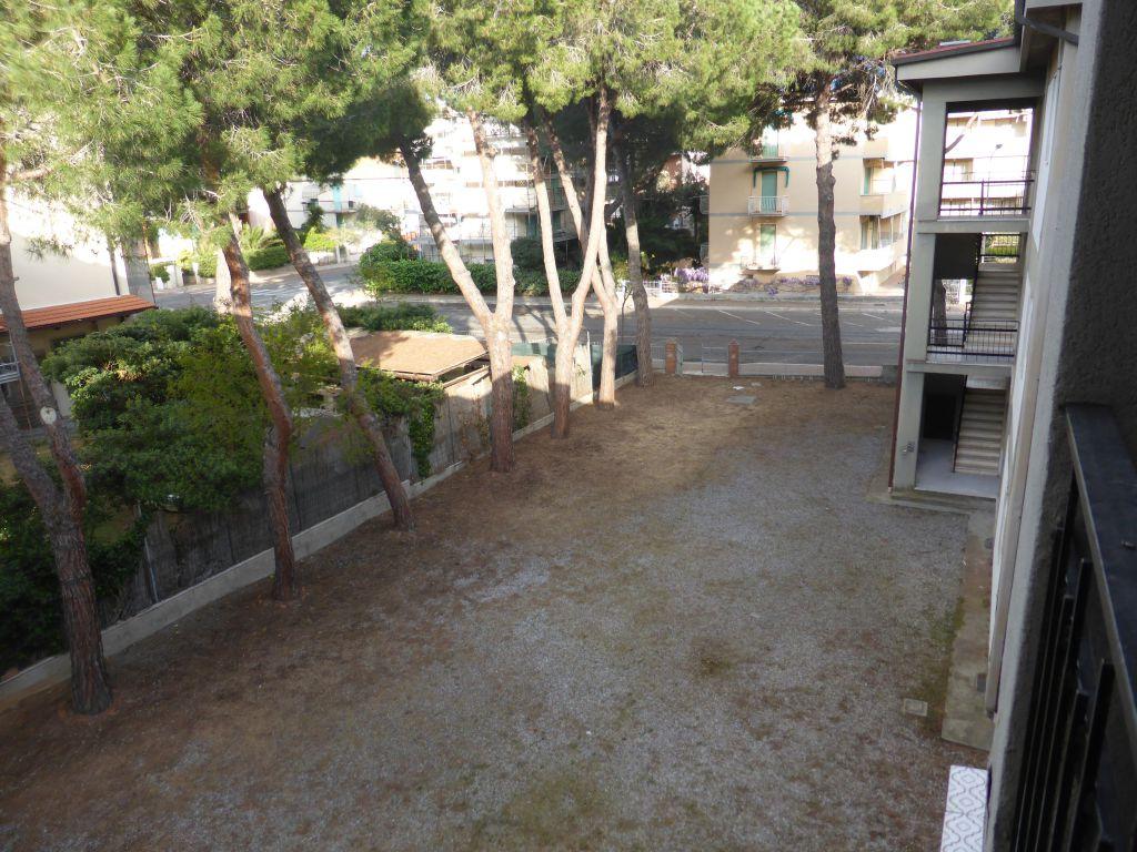 Bilocale Follonica Via Pantelleria 6