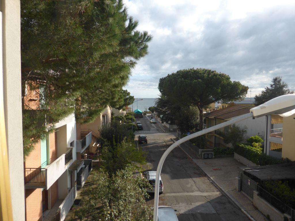 Bilocale Follonica Via Pantelleria 5