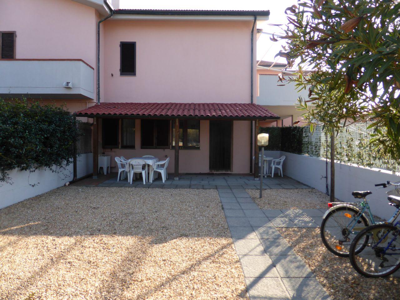 APPARTAMENTO in VACANZE a Follonica, Grosseto Rif.9980169