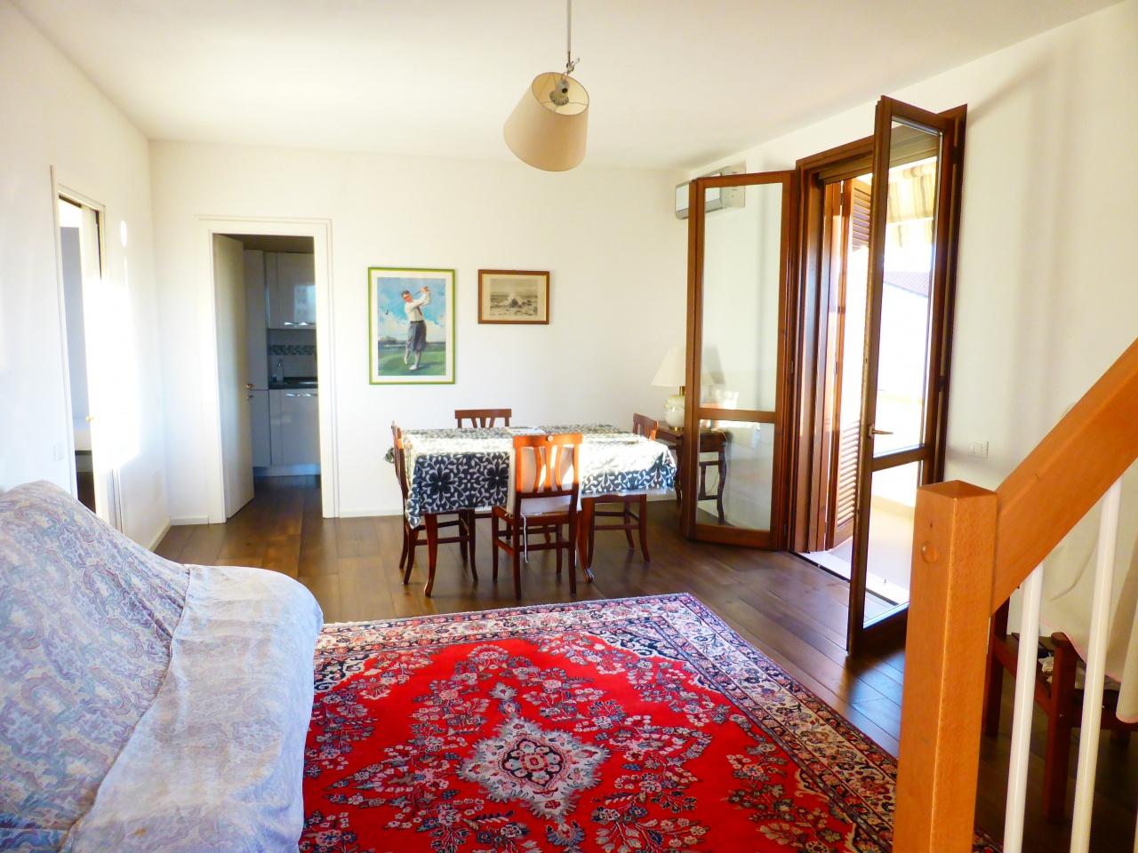 Valpiana: Appartamento in villetta con ingresso indipendente al primo piano.