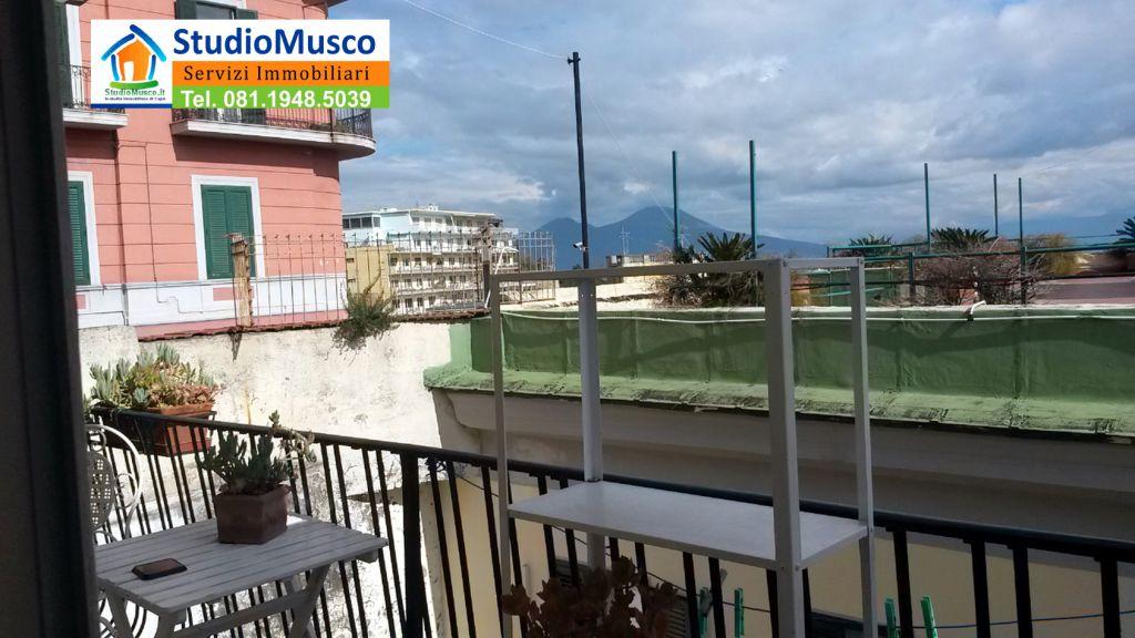 Bilocale Napoli Via Michetti 1