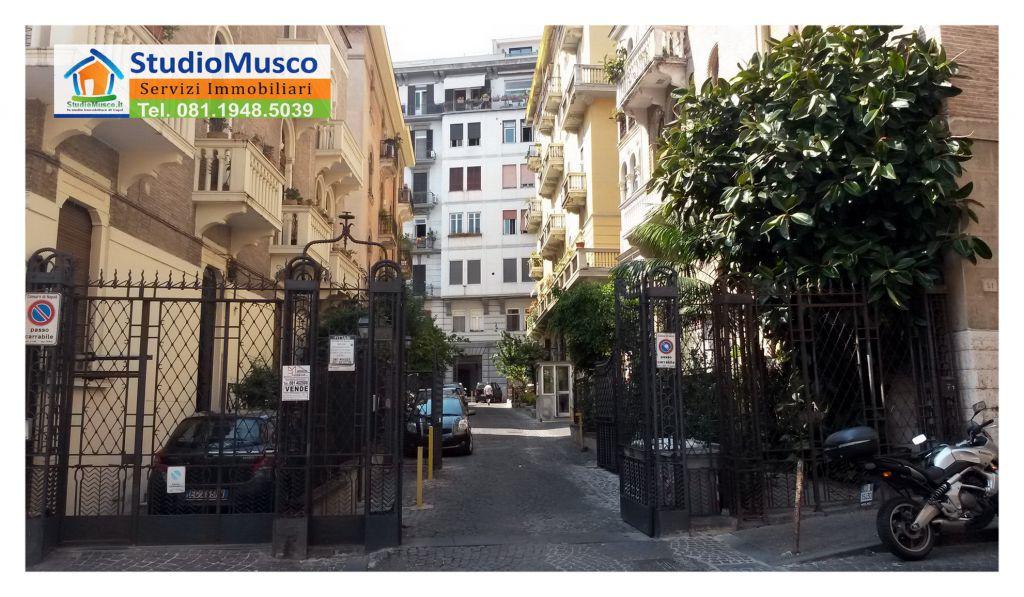 Bilocale Napoli Via Del Parco Margherita 2