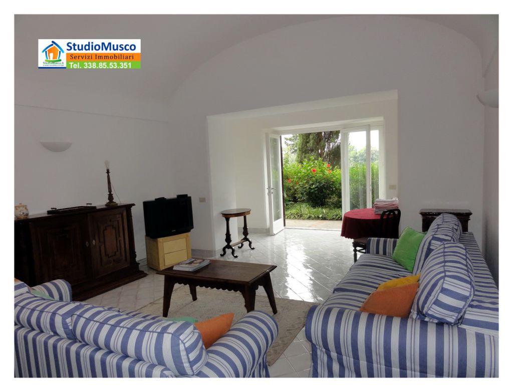 Appartamento in buone condizioni in vendita Rif. 7880455