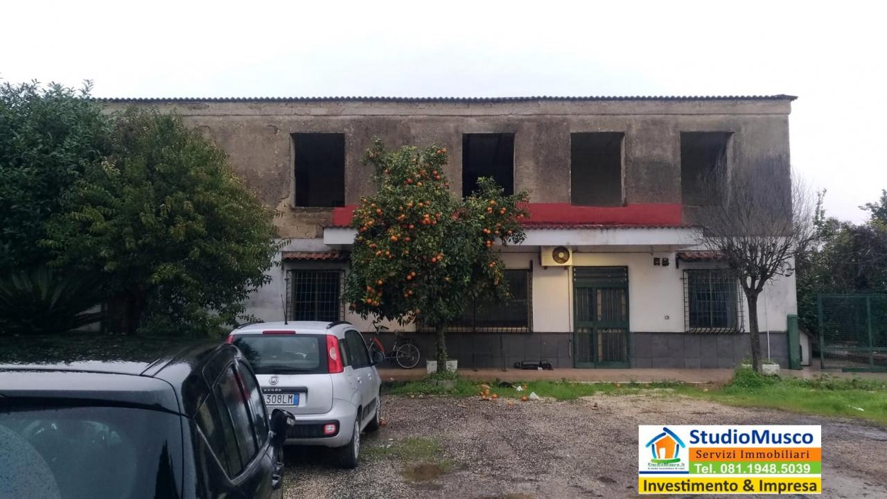 Terreno Edificabile Comm.le/Ind.le in vendita a Caivano, 12 locali, prezzo € 600.000 | CambioCasa.it