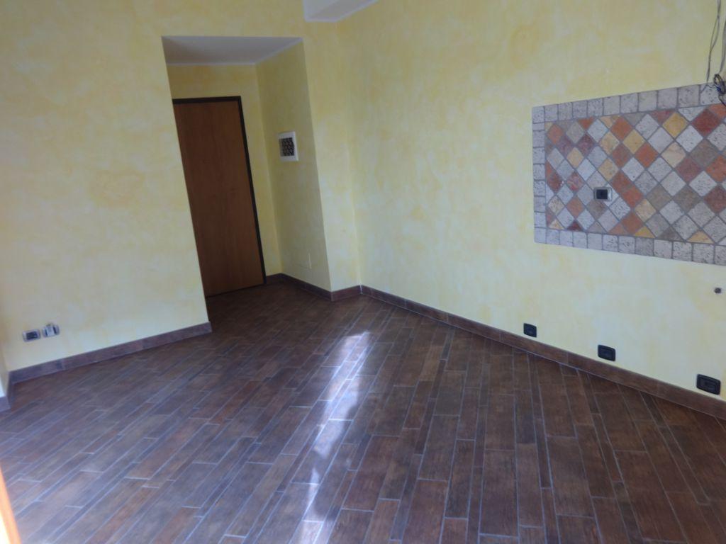 Bilocale Firenze Via Baracca 2