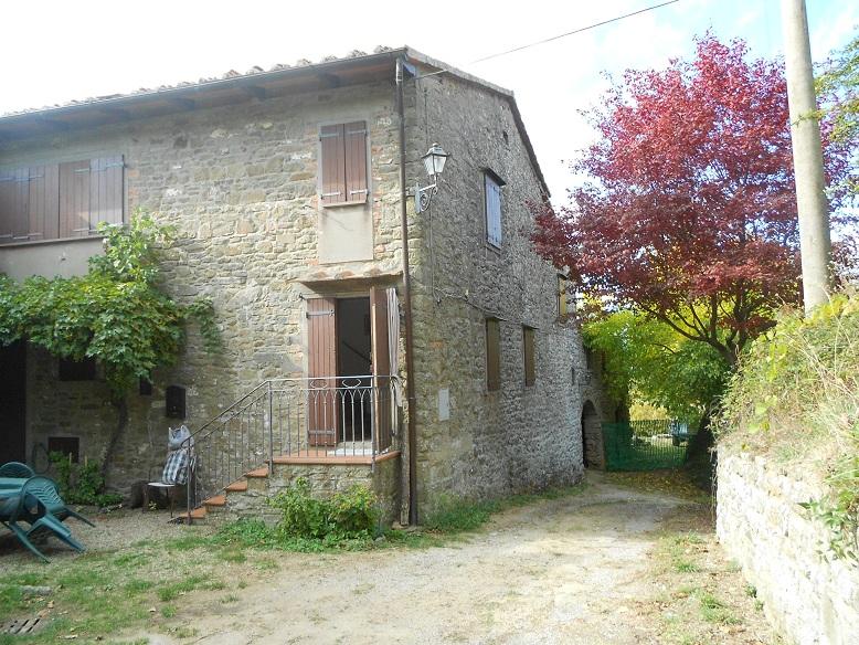 Rustico / Casale da ristrutturare in vendita Rif. 11561407