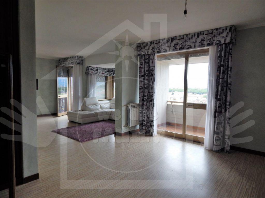 Attico / Mansarda in affitto a Camaiore, 8 locali, prezzo € 1.800 | Cambio Casa.it