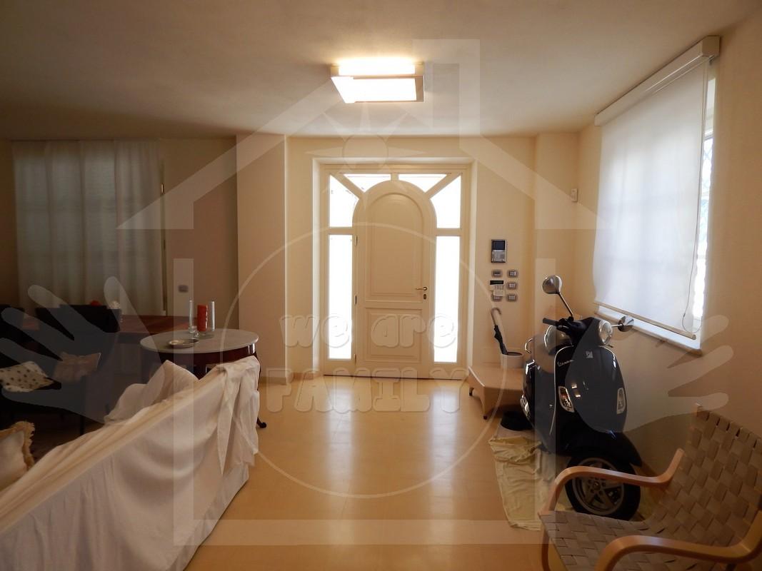 Immobile Turistico in affitto a Forte dei Marmi, 6 locali, Trattative riservate   Cambio Casa.it