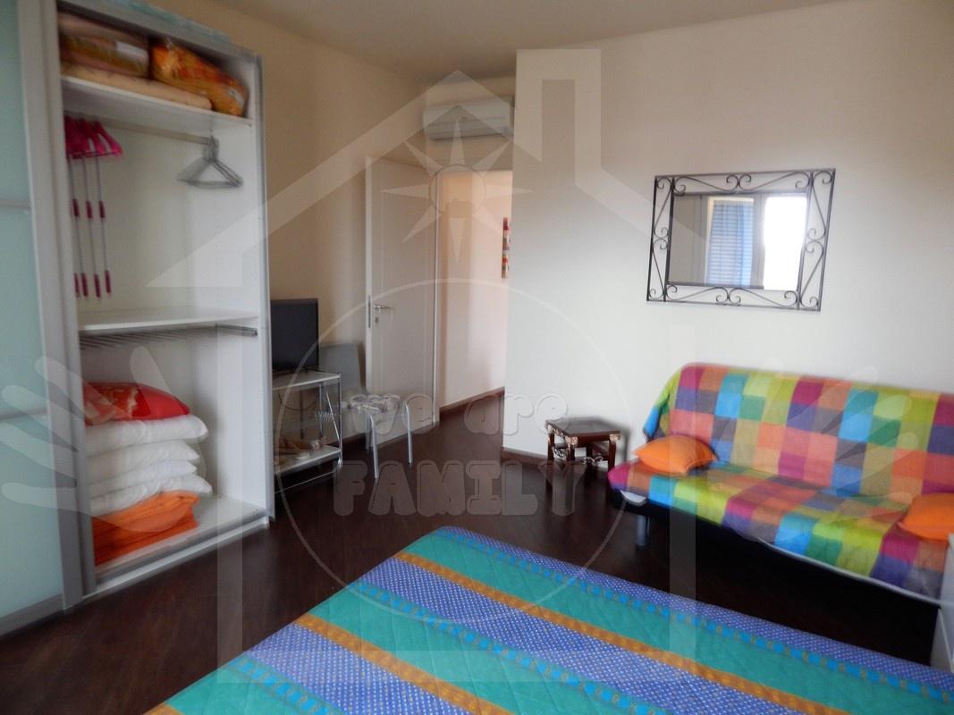 Appartamento in ottime condizioni arredato in affitto Rif. 11002159