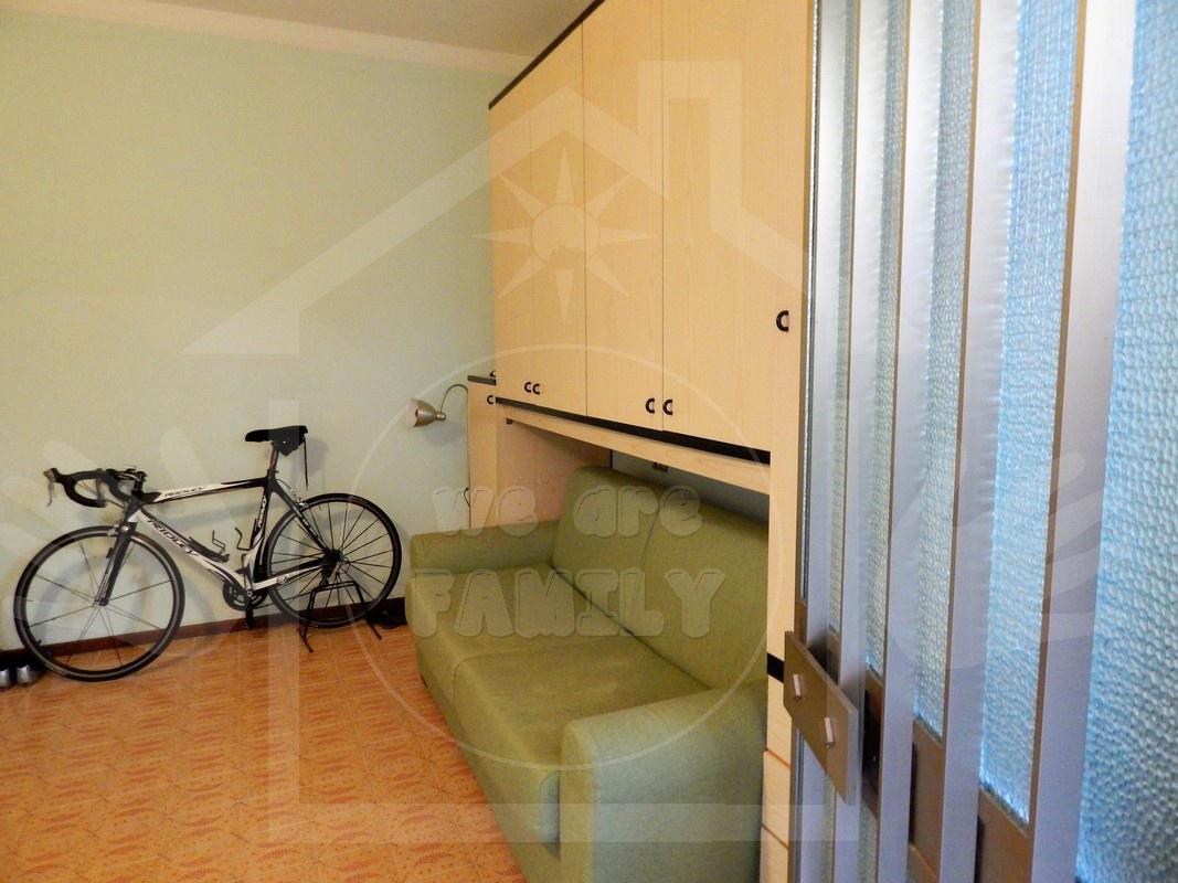 Appartamento in affitto a Camaiore, 1 locali, prezzo € 500 | CambioCasa.it