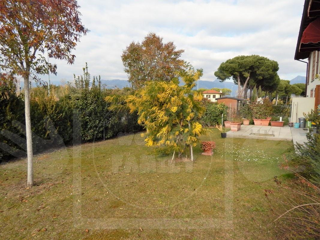 Villa bifamiliare LIDO DI CAMAIORE WAFGIANCA