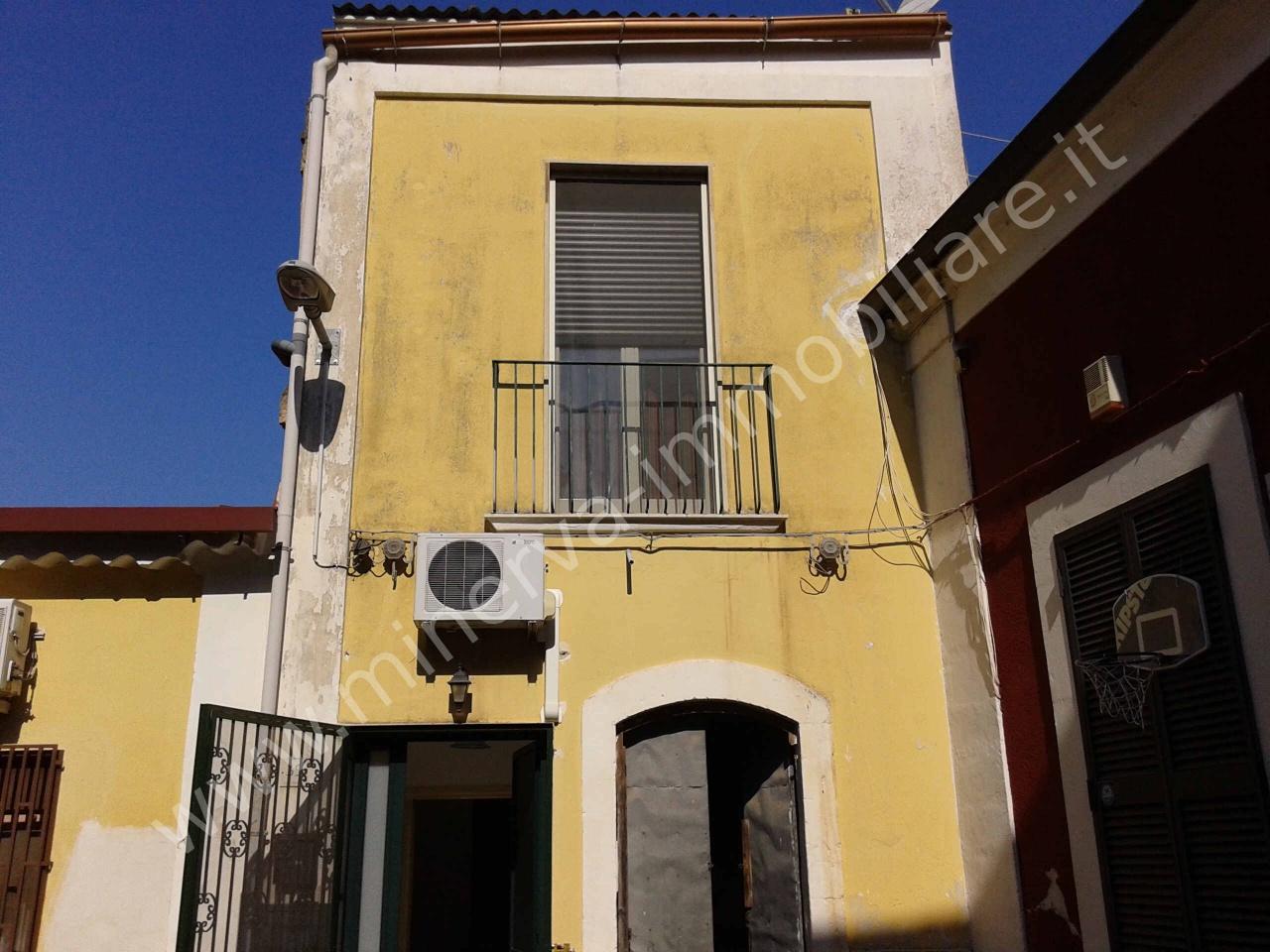 Appartamento indipendente 5 locali in vendita a Lentini (SR)