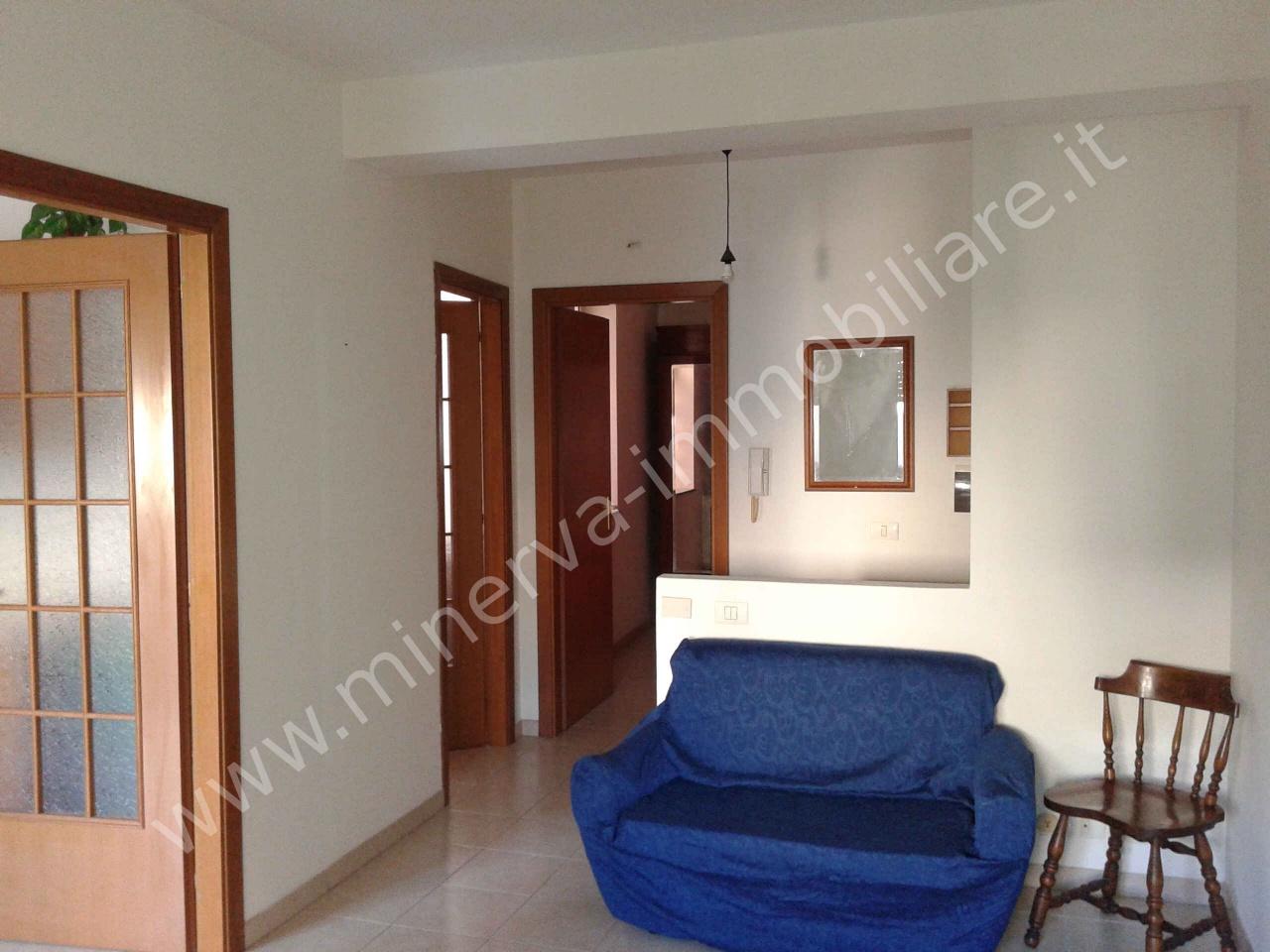 Appartamento in affitto a Carlentini, 2 locali, prezzo € 250 | PortaleAgenzieImmobiliari.it