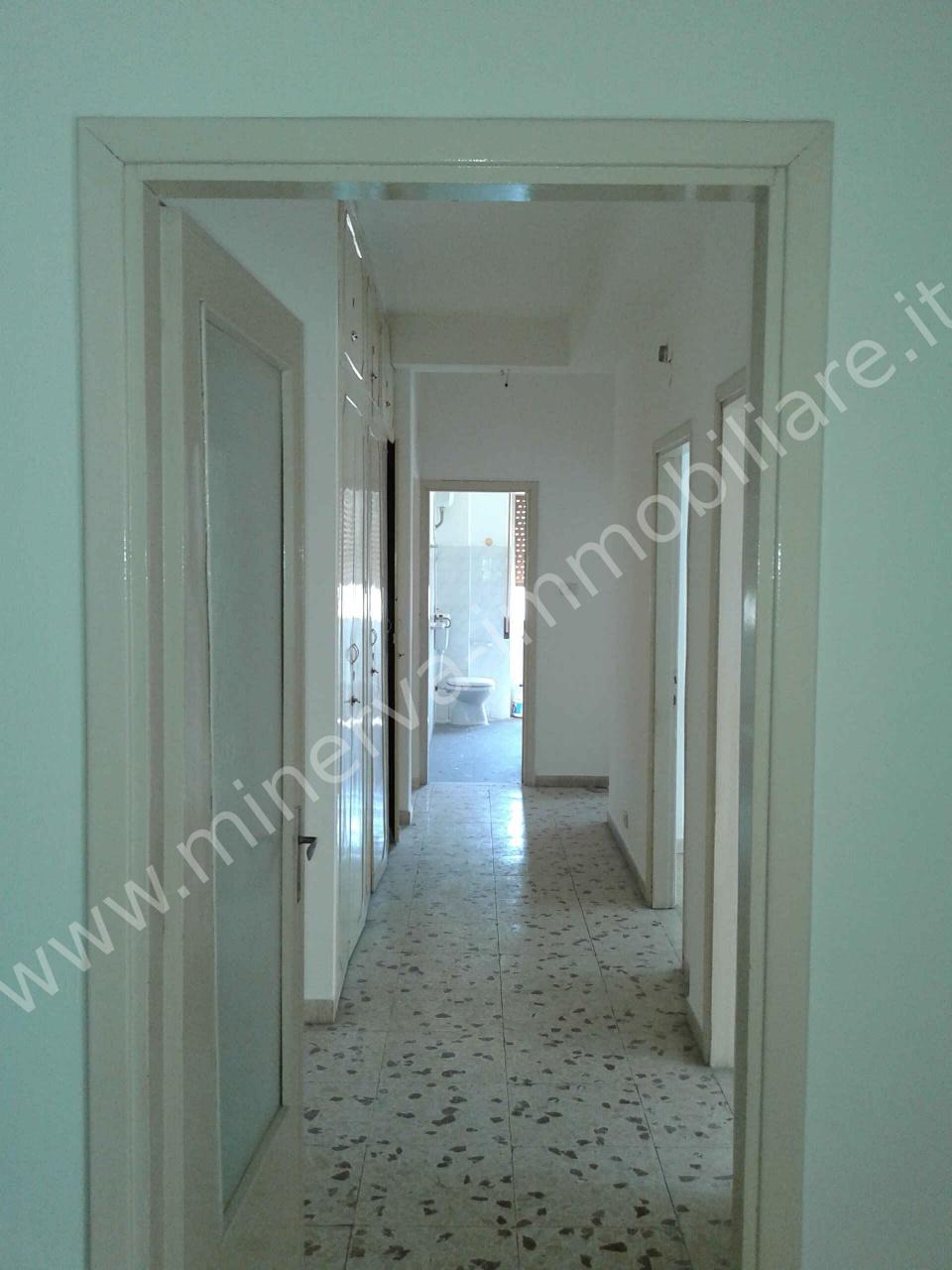 Appartamento in affitto a Lentini, 5 locali, Trattative riservate | CambioCasa.it