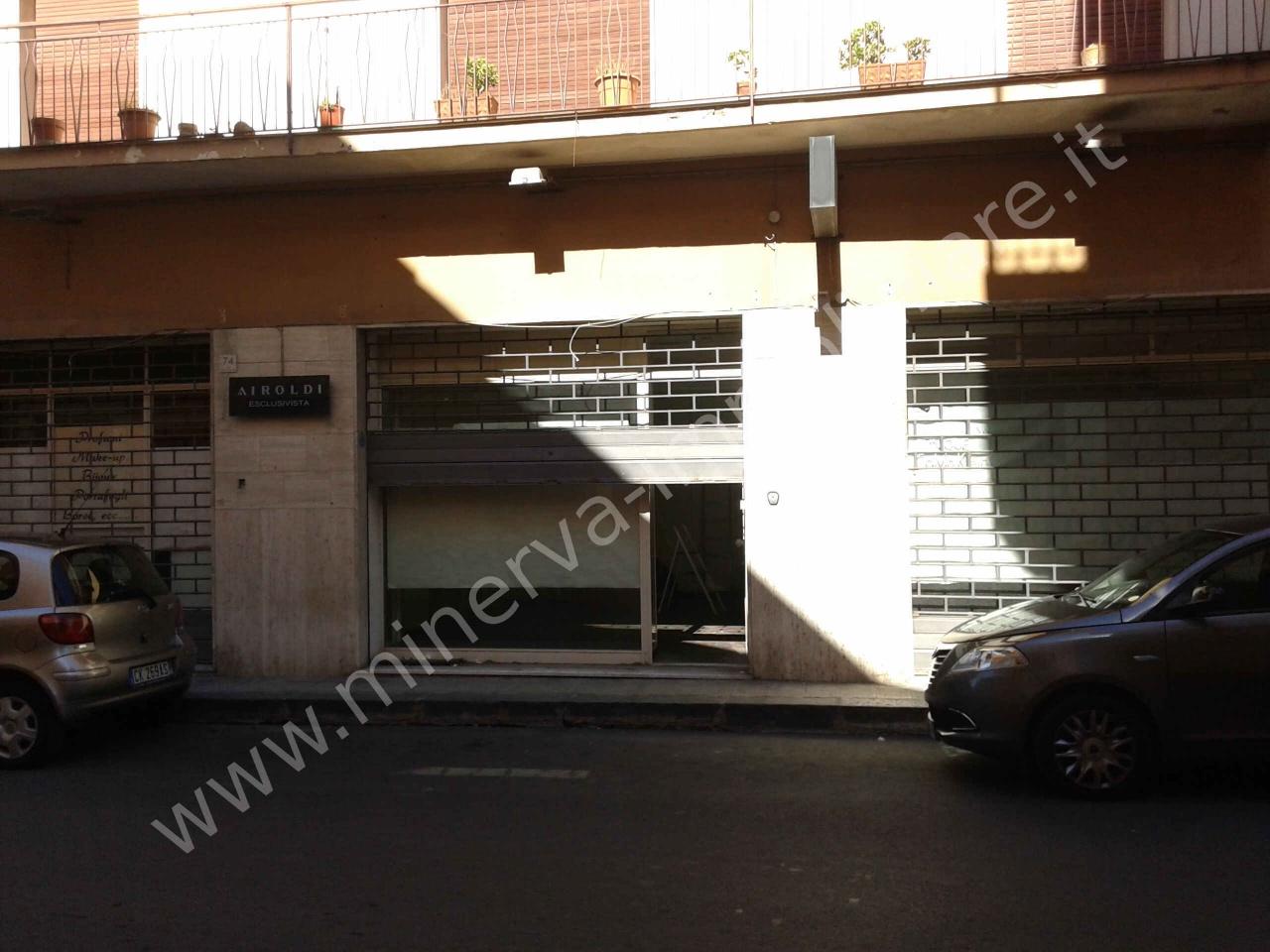 Negozio / Locale in vendita a Lentini, 2 locali, Trattative riservate   CambioCasa.it