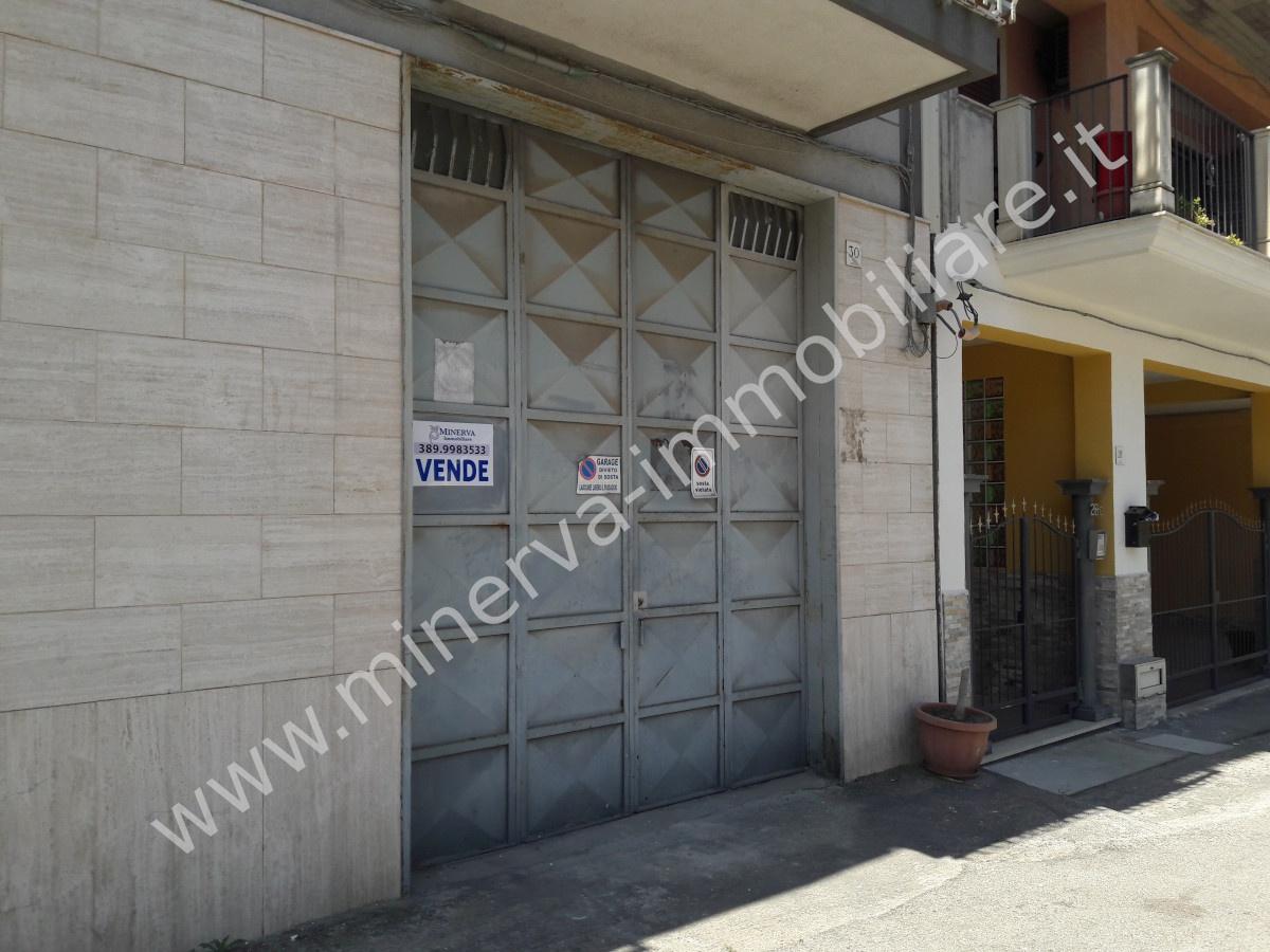 Immobile Commerciale in vendita a Lentini, 2 locali, prezzo € 80.000   CambioCasa.it