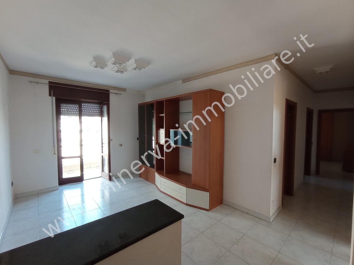 Appartamento in vendita a Lentini, 3 locali, Trattative riservate | PortaleAgenzieImmobiliari.it