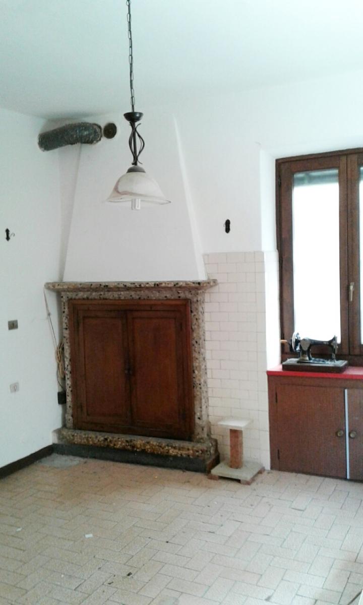 Appartamento in vendita a Zone, 2 locali, prezzo € 29.000 | CambioCasa.it