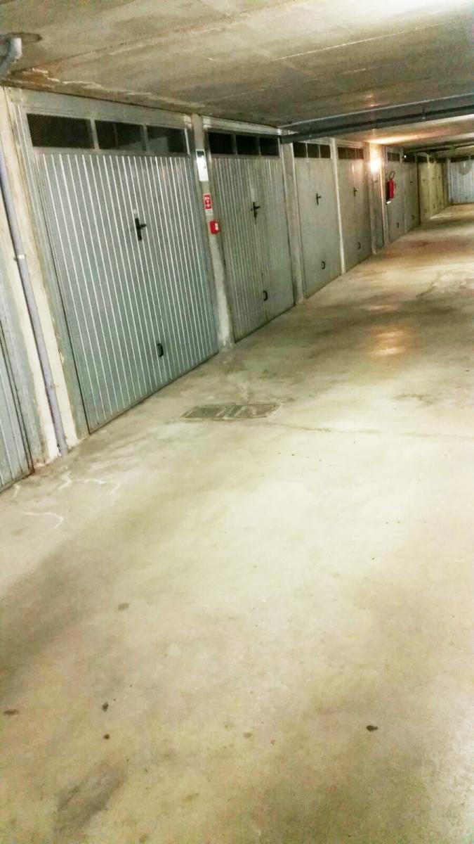 Box / Garage in vendita a Marone, 1 locali, prezzo € 14.000   PortaleAgenzieImmobiliari.it