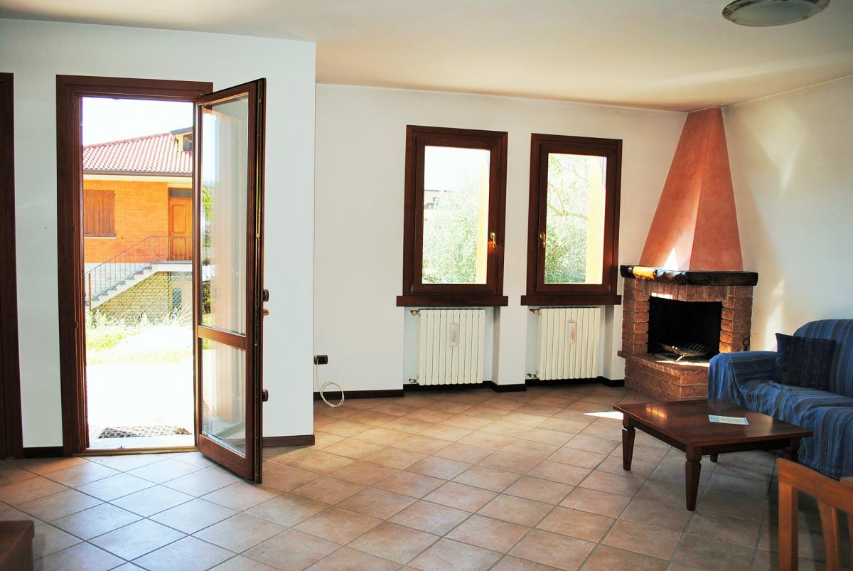 Appartamento in vendita a Marone, 4 locali, prezzo € 210.000   PortaleAgenzieImmobiliari.it