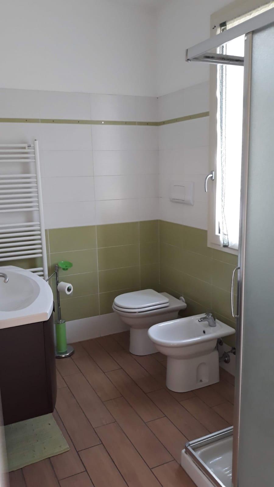 Appartamento in vendita a Monte Isola, 4 locali, prezzo € 180.000 | CambioCasa.it