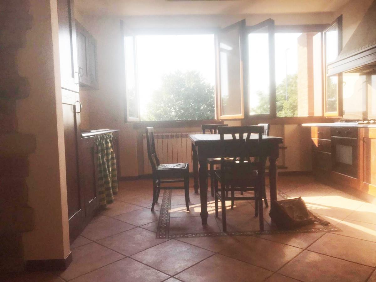 Appartamento da ristrutturare in vendita Rif. 10569461