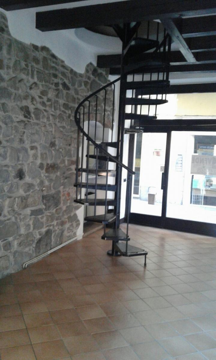 Negozio / Locale in vendita a Sarnico, 2 locali, prezzo € 132.000 | PortaleAgenzieImmobiliari.it