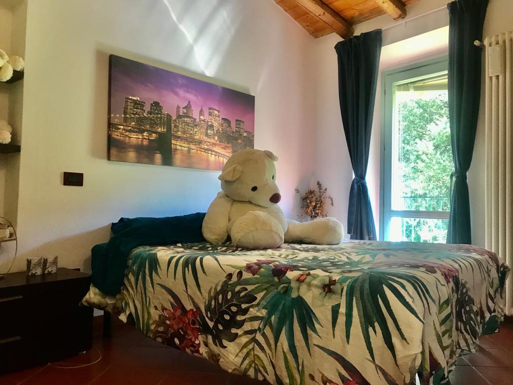 Appartamento in vendita a Sale Marasino, 2 locali, prezzo € 95.000   CambioCasa.it
