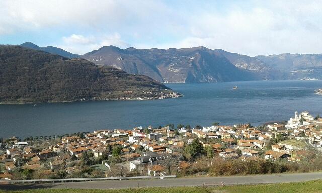 Appartamento in vendita a Sale Marasino, 3 locali, prezzo € 150.000 | PortaleAgenzieImmobiliari.it
