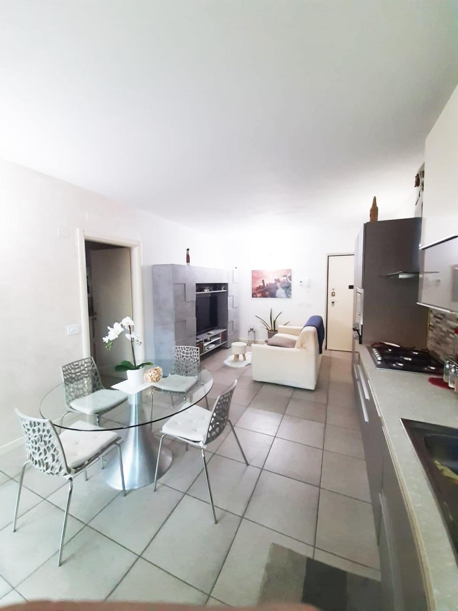Appartamento in vendita a Sale Marasino, 2 locali, prezzo € 154.000 | PortaleAgenzieImmobiliari.it
