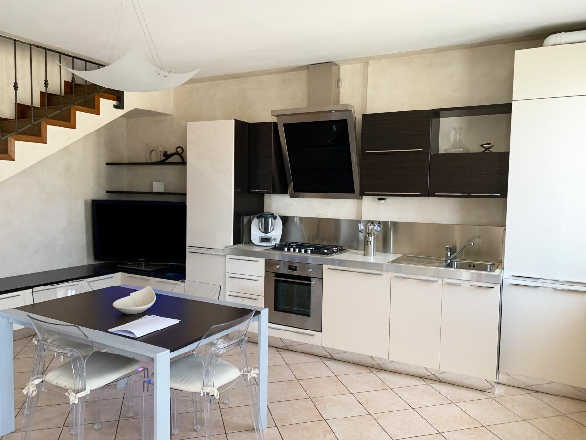Appartamento in vendita a Corte Franca, 3 locali, prezzo € 215.000 | PortaleAgenzieImmobiliari.it