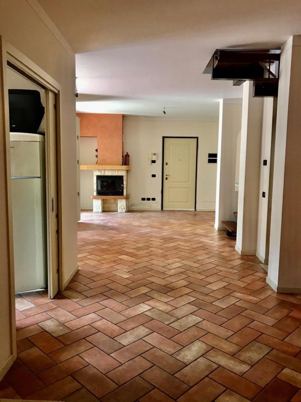 Villa in vendita a Monticelli Brusati, 5 locali, prezzo € 325.000   PortaleAgenzieImmobiliari.it