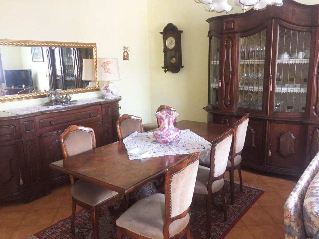 Appartamento in vendita a Marone, 3 locali, prezzo € 145.000 | CambioCasa.it