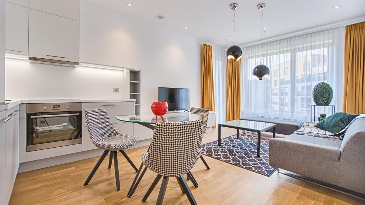 Appartamento in vendita a Sale Marasino, 3 locali, prezzo € 179.000   CambioCasa.it