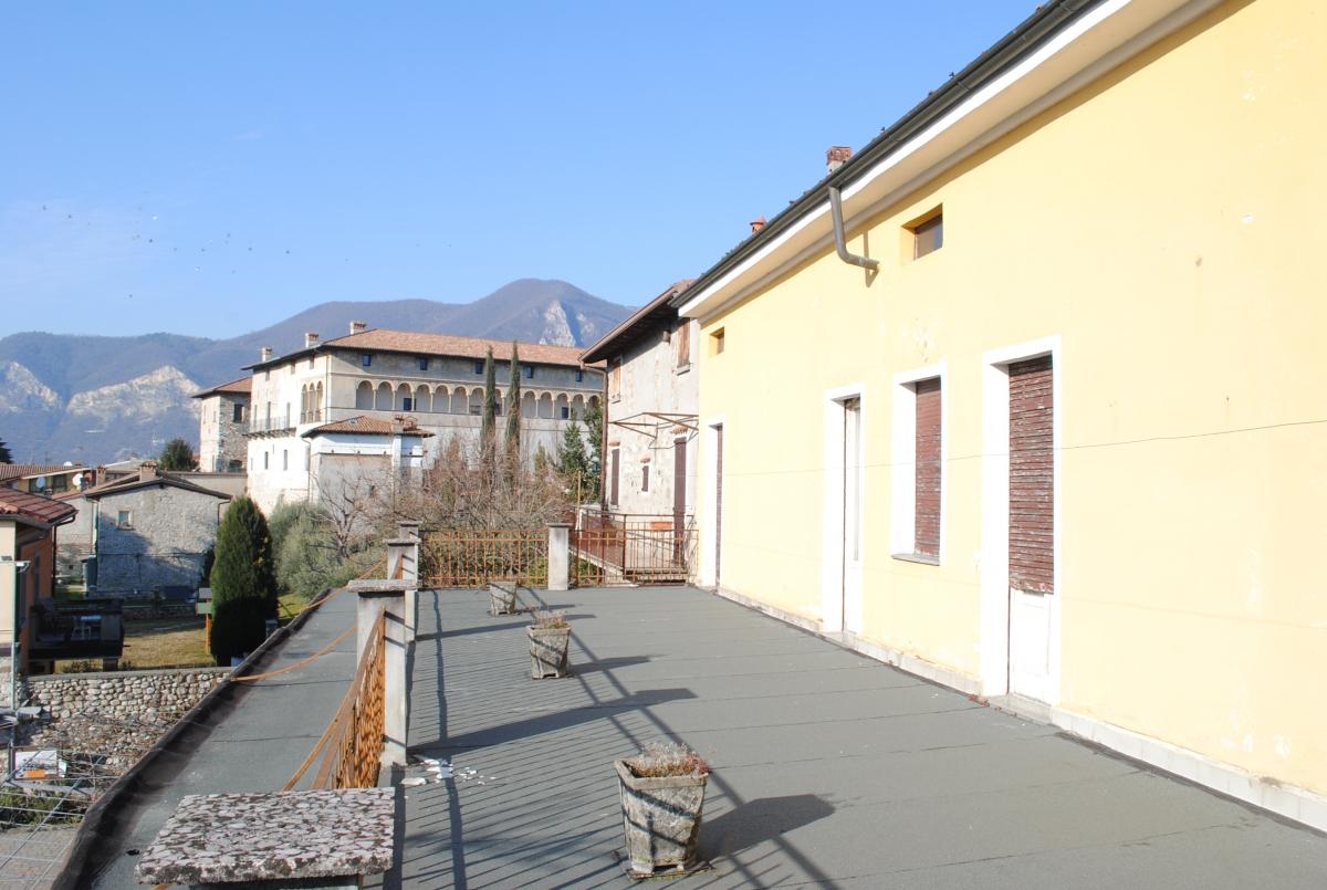 Rustico / Casale in vendita a Iseo, 8 locali, prezzo € 250.000 | PortaleAgenzieImmobiliari.it