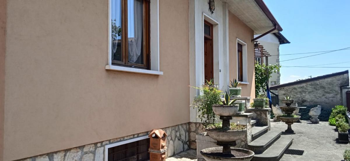 Appartamento in vendita a Passirano, 7 locali, prezzo € 329.000 | PortaleAgenzieImmobiliari.it